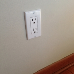 Decora Wall Outlet