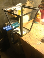 Straightening frame