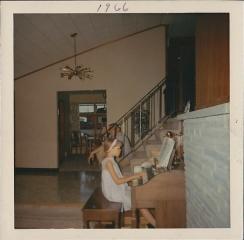 mom-grandpa-organ-1966